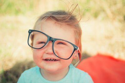 Jak rozpoznać wadę wzroku u dziecka?